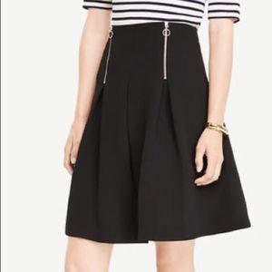 💝NWT Ann Taylor Skirt Black Midi Pleated 💝